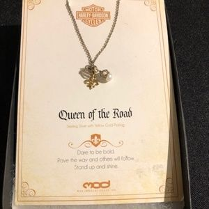 """HARLEY DAVIDSON NECKLACE """"QUEEN OF THE ROAD"""""""